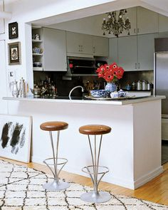Great example of an ordinary kitchen styled to perfection.
