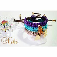 Brazaletes tejidos y dije en baño de oro.  Diseños exclusivos de Niki Diseños. Instagram: @nikidisenosapc - Twitter: @nikidisenosapc - Facebook: Niki Diseños Accesorios - Correo: nikidisenosapc@gmail.com