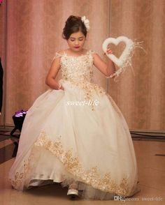 Princess Ball Gown Flower Girl Dresses for Vintage Wedding Sparkly Gold Applique Sequins Off Shoulder Puffy Tutu Girls Pageant Dresses 2017 Flower Girl Dresses Cheap Girls Pageant Dresses Online with 95.0/Piece on Sweet-life's Store | DHgate.com