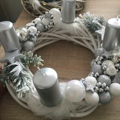 Twine Crafts, Diy And Crafts, Christmas Time, Christmas Crafts, Christmas Decorations, Handmade Decorations, Table Decorations, Advent Wreath, Centerpieces