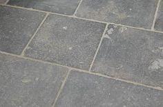 antieke kerkdallen, belgisch hardsteen wildverband, arduin, blauwsteen,