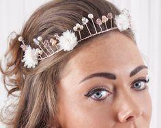 Diadema de novia diadema blanca flores perlas por redtruckdesigns