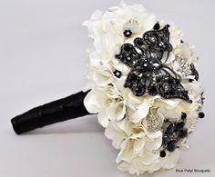 Papillon Noir Jeweled Flower Bouquet #wedding #bouquet