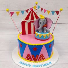 I like this one, simple but cute Dumbo Birthday Party, 1st Birthday Themes, Carnival Birthday Parties, Circus Birthday, Circus Party, Birthday Cake Girls, Birthday Fun, Circus Theme Cakes, Carnival Cakes