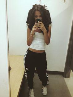 pretty girl swag on pinterest snapback nike high tops and swag
