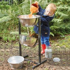 Children will love experimenting with this portable water play unit.