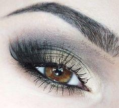 Black and gold smokey eye makeup