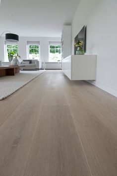 flooring concreto pulido 61 trending kitchen ideas you will really want it now 21 Interior Design Kitchen floors Ideas Kitchen Trending Modern Flooring, Timber Flooring, Parquet Flooring, Flooring Ideas, Laminate Flooring, Light Wood Flooring, Vinyl Wood Planks, Living Room Flooring, Kitchen Flooring