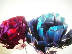 Metal flowers by gardendreamsdecor.com .. pretty carnations