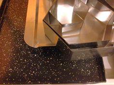 Set aros/ moldes con forma para tortas , acero inox sobre bandeja enlozada