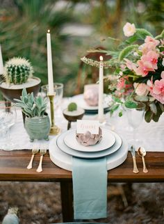 Matte and metallic place settings, gold flatware and dessert table decor: http://www.stylemepretty.com/little-black-book-blog/2016/11/04/palm-desert-wedding-inspiration/ Photography: Koman - http://komanphotography.com/