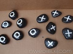 Add An Outdoor Tic-Tac-Toe Board To Your Garden what fun for the kids and grand kids to make and play with. Tic Tac Toe Board, Tic Tac Toe Game, Camping Crafts, Fun Crafts, Crafts For Kids, Games For Kids, Activities For Kids, Outdoor Fun, Outdoor Games