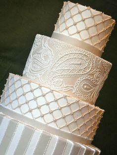Such a beautiful wedding cake.
