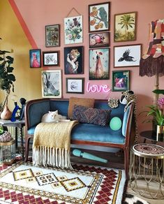 New Stylish Bohemian Home Decor Ideas – … New Stylish Bohemian Home Decor Ideas – The Effective Pictures We Offer You About hippie home decor log cabins Interior Design Living Room, Living Room Designs, Living Room Decor, Eclectic Living Room, Interior Office, Decor Room, Living Spaces, Wall Decor, Wall Art