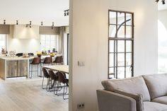 Van woonkamer tot horeca: uw interieur meteen in stock country