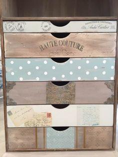 Cajas decoradas Funky Painted Furniture, Decoupage Furniture, Decoupage Box, Furniture Decor, How To Antique Wood, Vintage Wood, Foto Transfer, Furniture Makeover, Chalk Paint