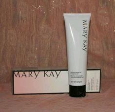 Mary Kay klärendes Reinigungsgel für zu akne neigender Haut