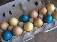 Thy Hand Hath Provided: Naturally Dyed Easter Eggs