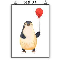 Poster DIN A4 Pinguin Luftballon aus Papier 160 Gramm  weiß - Das Original von Mr. & Mrs. Panda.  Jedes wunderschöne Motiv auf unseren Postern aus dem Hause Mr. & Mrs. Panda wird mit viel Liebe von Mrs. Panda handgezeichnet und entworfen.  Unsere Poster werden mit sehr hochwertigen Tinten gedruckt und sind 40 Jahre UV-Lichtbeständig und auch für Kinderzimmer absolut unbedenklich. Dein Poster wird sicher verpackt per Post geliefert.    Über unser Motiv Pinguin Luftballon      Verwendete…