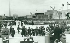 President Roosevelt's official dedication at the 1939 NY Fair's opening ceremonies.