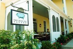 Blue Pig Tavern outdoors at the Congress Hotel, Cape May, NJ.  Lunchy goodness.