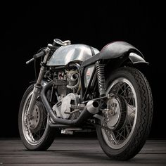 Old-school, impossibly cool vintage Norton.
