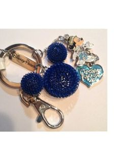 Disney-Mickey-Mouse-Blue-Wired-Icon-with-Charms-Keychain