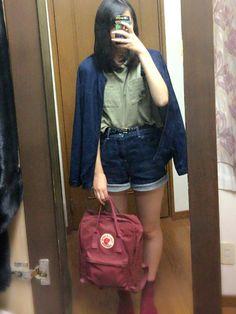 WATCHありがとうございます👀 今日は午前中に友達と服買いに行きました!!! すっごい安いお店で