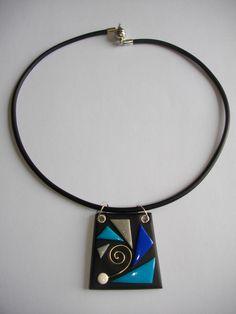 Petit trapèze turquoise (éventail) - Vente en ligne de bijoux fimo