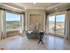 2760 COUNTRY RIDGE RD, CALABASAS, CA 91302