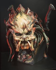 """I created my version, original PREDATOR """"KAGERO"""" for prototype at Cool Props, at Tokyo Comicon. Please come to see him in person if I got a chance. Predator Costume, Predator Cosplay, Monster Co, Monster Mask, Aliens, Horror Masks, Alien Design, Alien Vs Predator, Alien Art"""