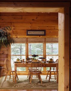 Dining on Log Homes, Timber Frame and Log Cabins by Honest Abe http://www.honestabe.com/social-gallery/dining-1
