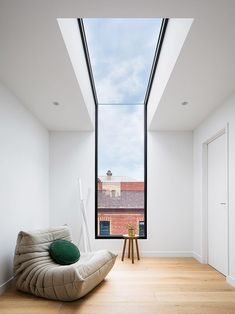 Charles Street Residence, By DX Architects - The MAN