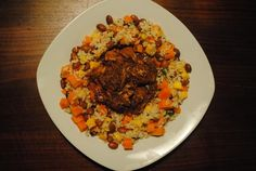 Slow Cooked Jerk Chickenwith Mango and Bean Rice Crock Pot Cooking, Crockpot Meals, Slow Cooker Recipes, Caribbean Food, Caribbean Recipes, Fast Dinners, Weeknight Dinners, Fall Recipes, Dinner Recipes