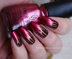 Josephine's World: Santa red my list & a simple waterfall nail art