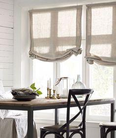 австрийские шторы в скандинавском стиле на кухне