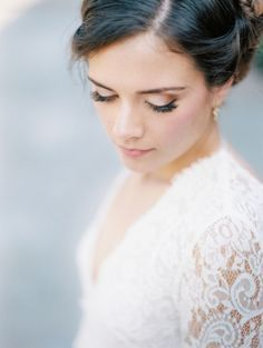 Timeless natural makeup for wedding with long sleeve lace wedding dress || Emma & Grace Bridal Studio || Visit us at emmaandgracebridal.com  Timeless natural makeup for wedding with long sleeve lace wedding dress || Emma & Grace Bridal Studio || Visit us at emmaandgracebrida...