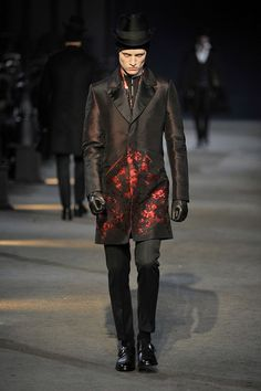 McQueen:-fashion inspiration male vampyr