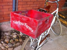 Bike baskets Bike Baskets, Transportation Solutions, Wheelbarrow, Garden Tools, Bicycle, Bike, Bicycle Kick, Bicycles, Outdoor Power Equipment