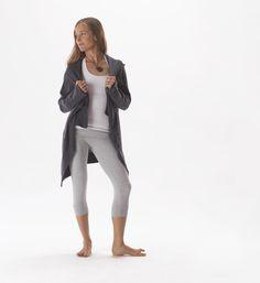 hyde yoga cozy sweater for resort 2016 | www.yogahyde.com #hydeyoga #resort2016 #yogaclothes
