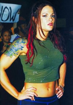 Wrestling Stars, Wrestling Divas, Women's Wrestling, Wrestling Costumes, Wwe Lita, Wwe Trish, Wwe Outfits, Wwe Couples, Wwe Pictures
