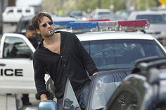feel like hank moody today :)