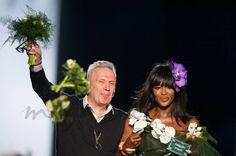 Regreso triunfal de Naomi Campbella París de la mano de Jean Paul Gaultier #Moda #AltaCostura
