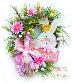 Popular Valentine Wreath Design Ideas For Front Door Decor - Decorating for Valentine's Day with genuinely one of a kind wreath decorating. Designing something extraordinary for your friends and family or for yo. Spring Door Wreaths, Easter Wreaths, Holiday Wreaths, Easter Projects, Easter Crafts, Easter Decor, Valentine Wreath, Valentine Decorations, Valentines