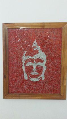 """"""" Quadro Buda""""   Os meus mosaicos espelham minha alma! Crio-os com muito amor, alegria e bons fluidos.  Quadro com a moldura em madeira demolição medindo 58 cm x 40 cm, feito com pastilha de Cristal."""