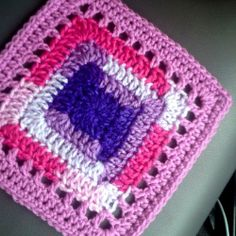 Trampoline Block - free crochet pattern