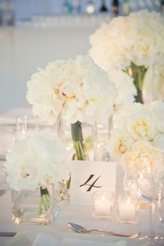 Ways to Cut Costs: Supersize Your Flowers 30 Wedding Reception Decor Inspiration