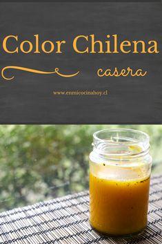 El ají de color es uno de los básico de la comida chilena, sobre el se cocina el sofrito tradicional. Esta receta es como mi abuela solía hacerlo.