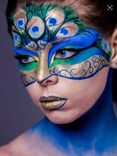 Peacock makeup for Peacock Halloween costume! Peacock Face Painting, Adult Face Painting, Face Painting Designs, Paint Designs, Body Painting, Lip Designs, Iris Painting, Makeup Designs, Pfau Make-up
