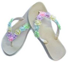 """Decorate Your Own Flip Flops: Tips and Ideas Video Tutorial. I used this idea for our """"Walk worthy"""" Home League Rallies. Bling Flip Flops, Flip Flop Shoes, Flip Flop Art, Hippie Shoes, Crochet Flip Flops, Custom Flip Flops, Decorating Flip Flops, Shoe Crafts, Diy Crafts"""